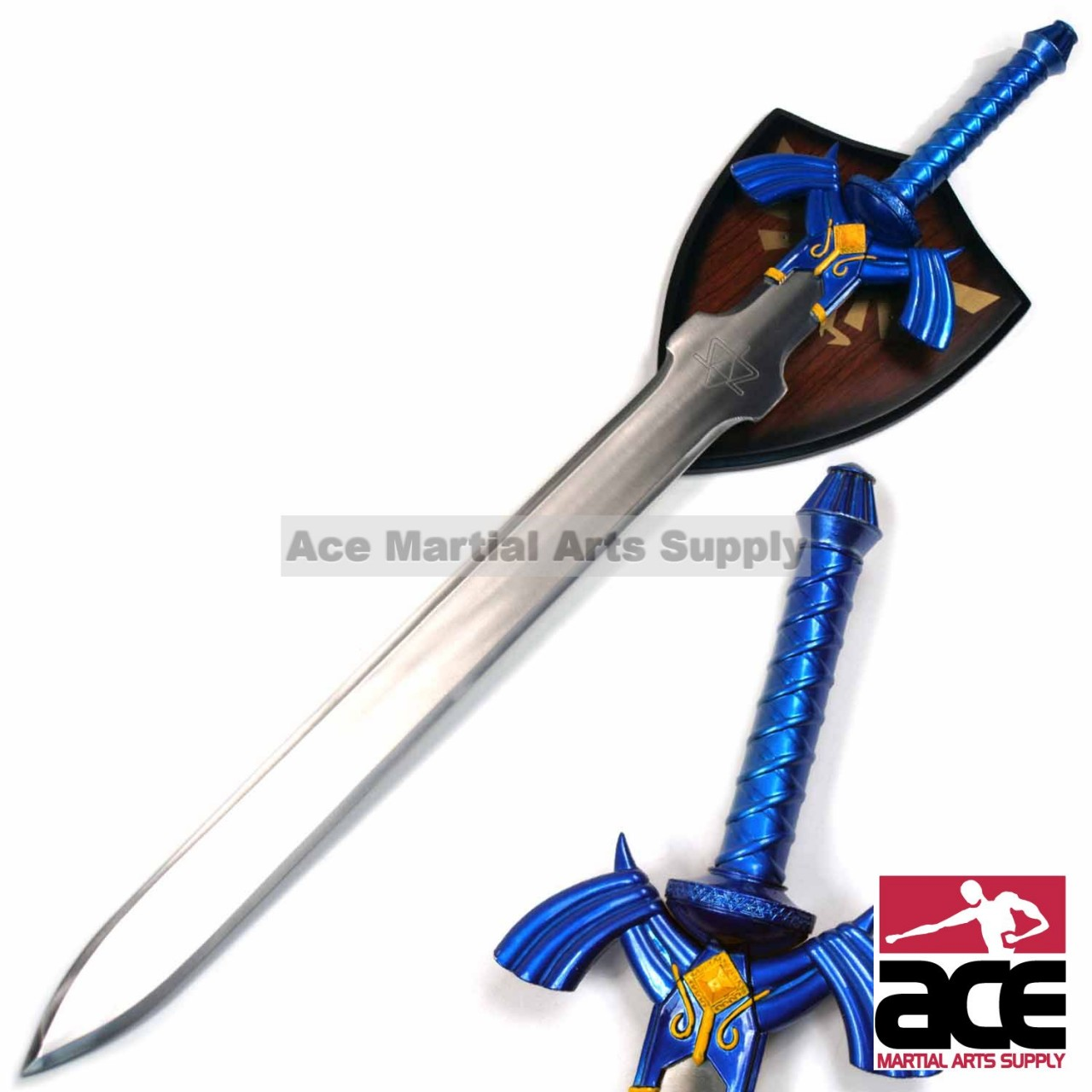On Base Of The Handle Where It Meets Sword There Is Well Known Intricate Golden Design To Remind You Its Fantasy Origin